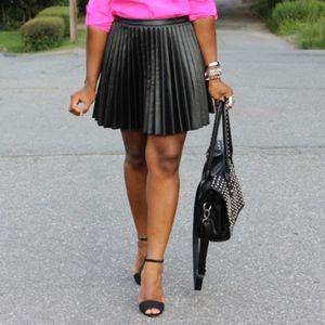 NWT H&M Pleased Vegan Leather Skirt